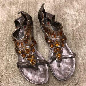 🌸2/$15 Bronze embellished gladiator sandals 9.5